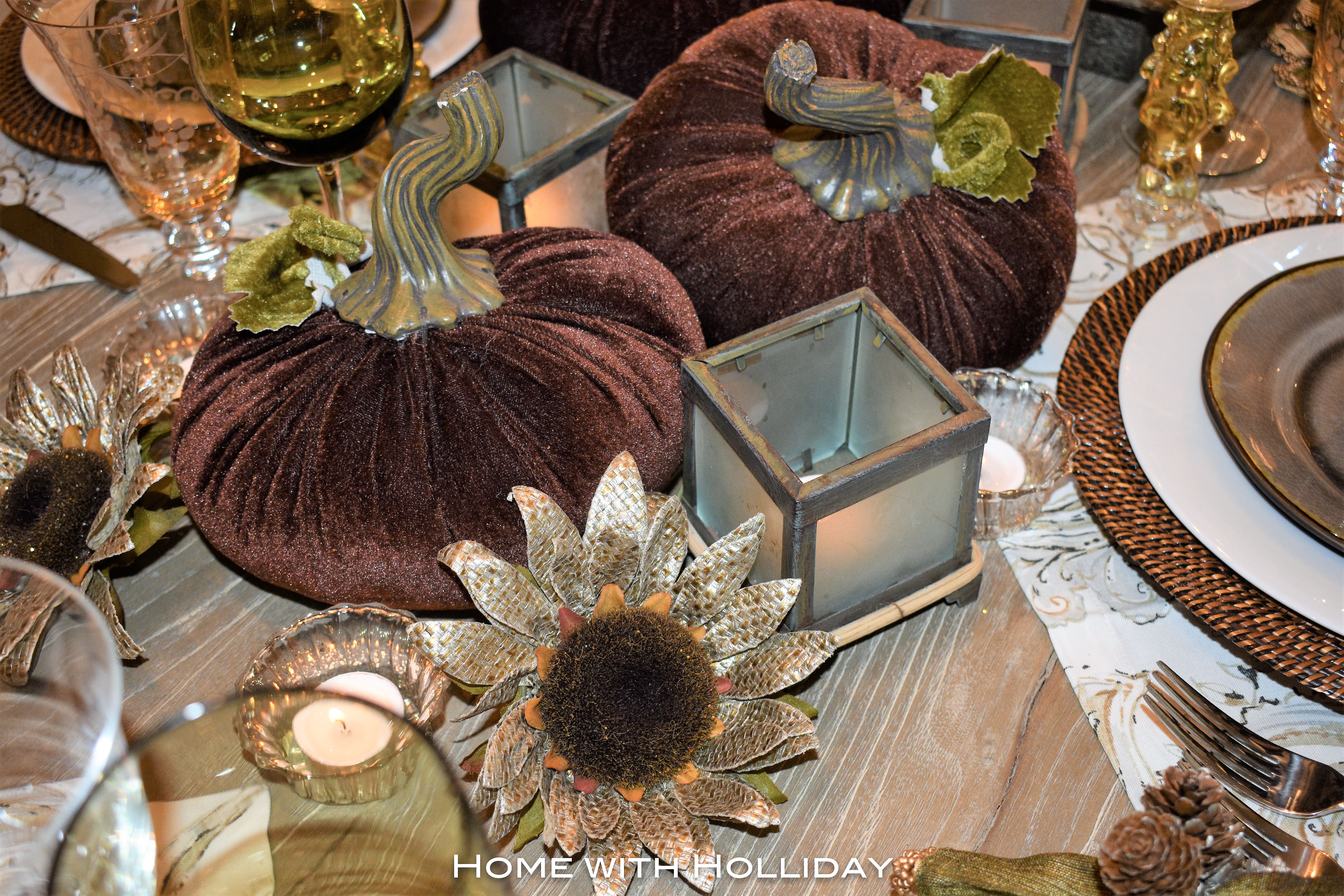 Thanksgiving Table Setting with Brown Pumpkins