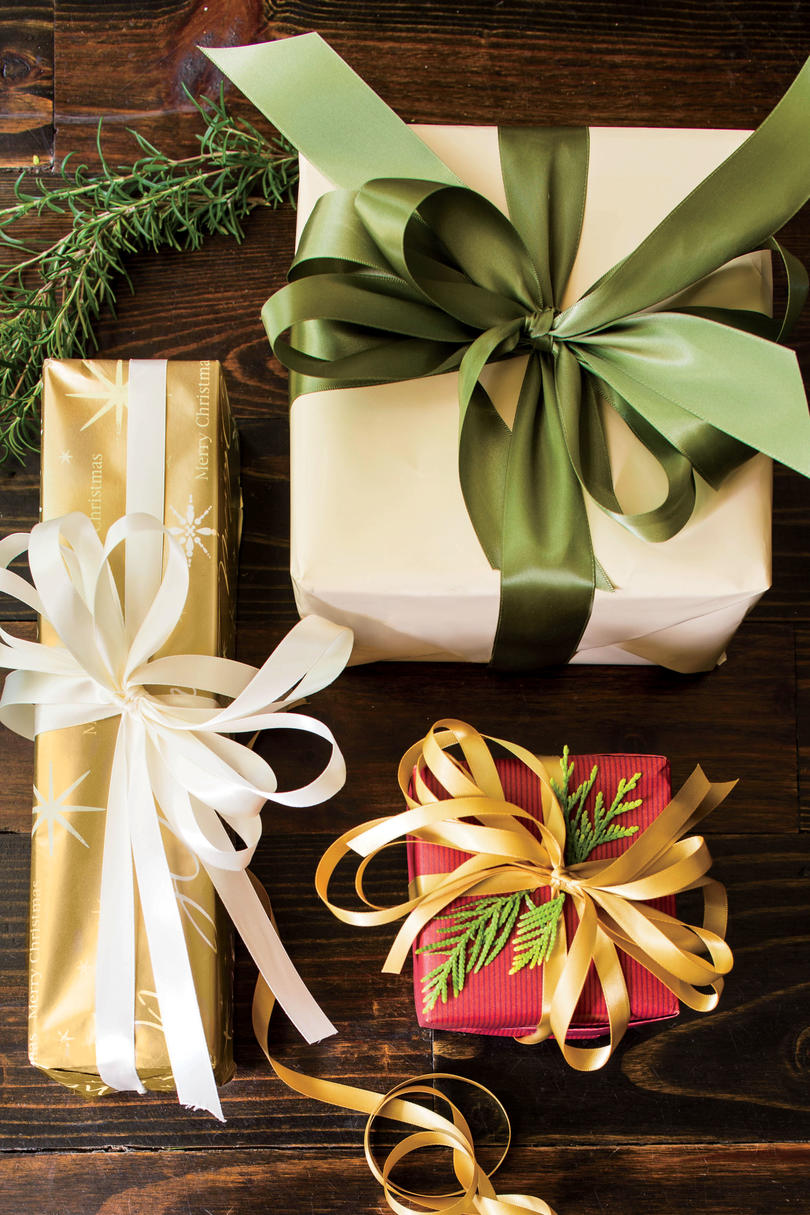 Holliday\'s Gift Guide-Home Decor - Home with Holliday