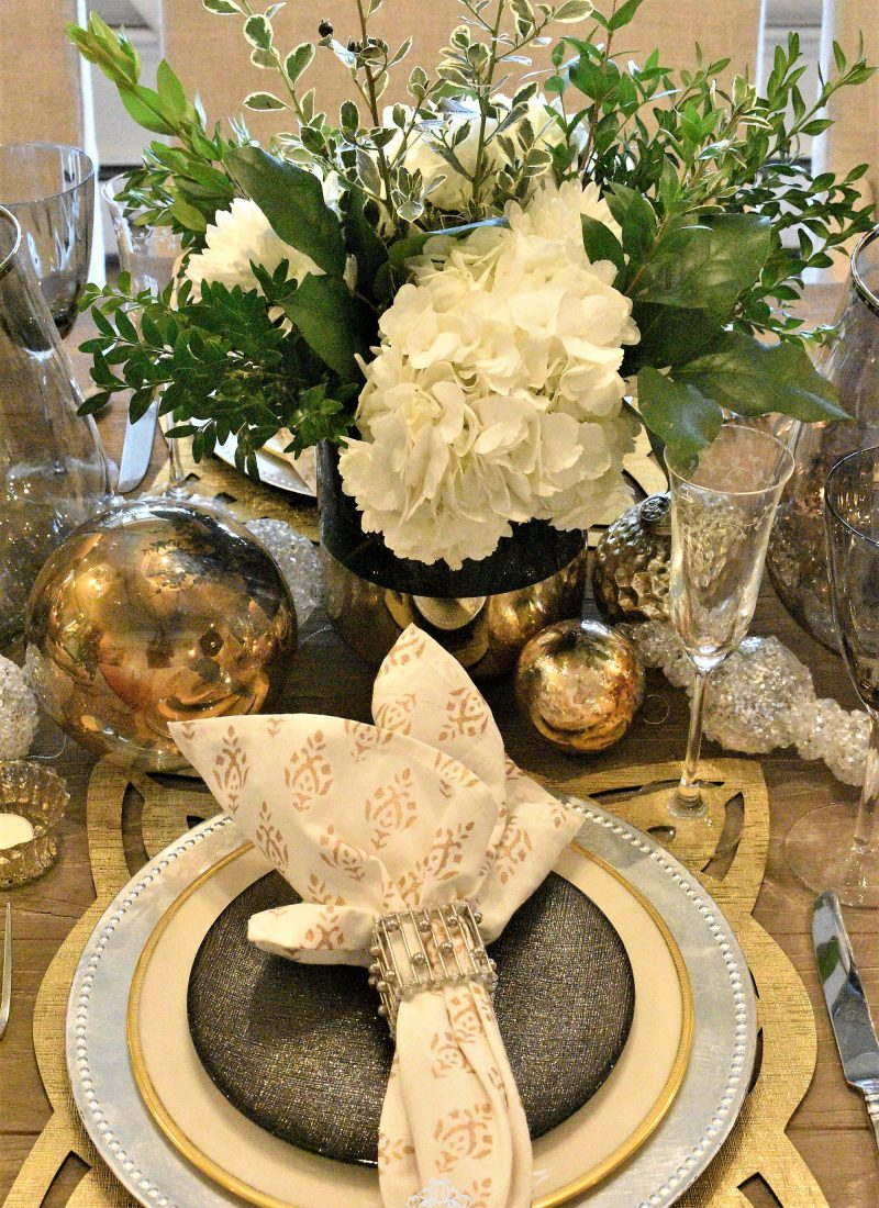 Gold and Silver Table Setting – New Year's Eve or Christmas