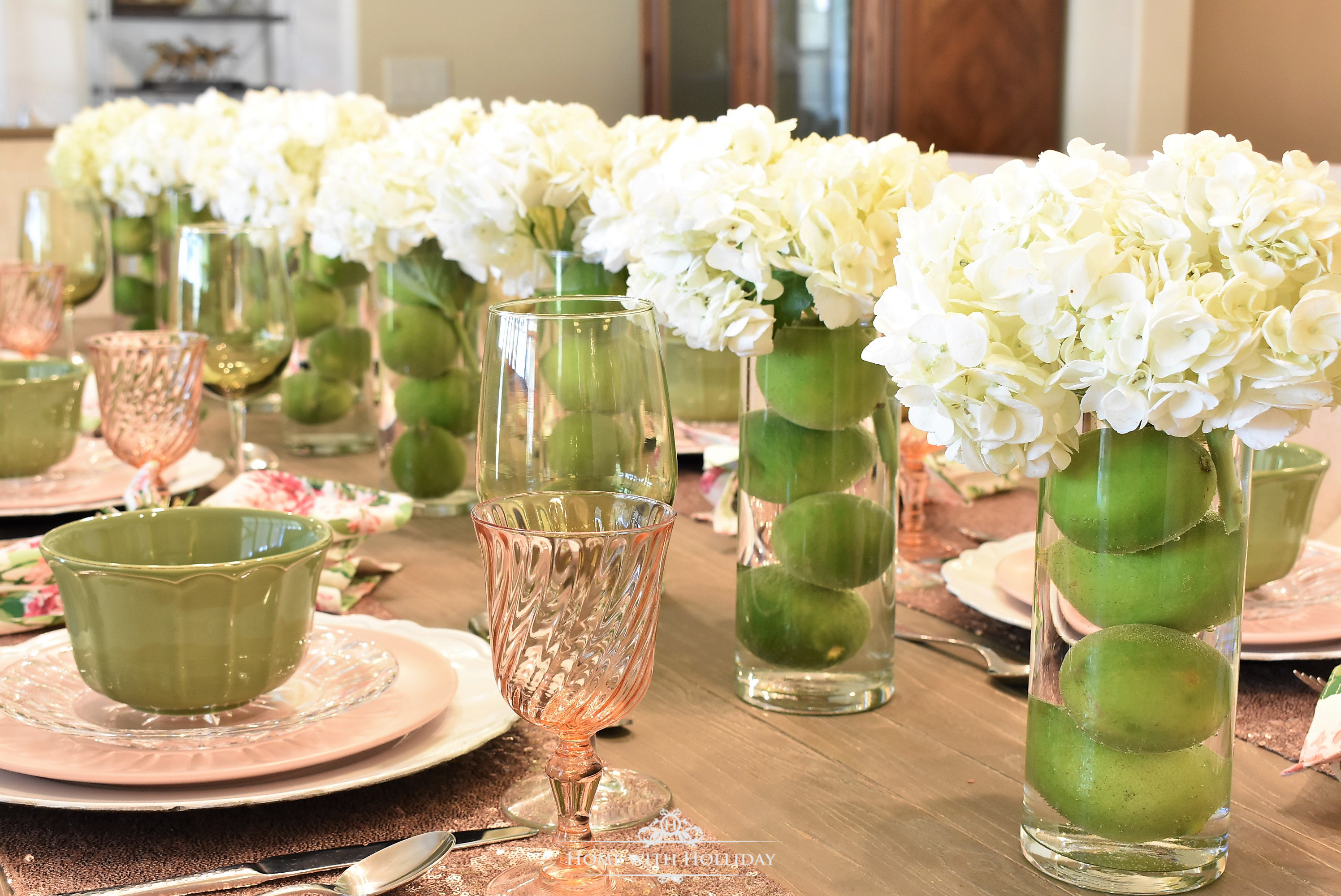 Easy, Inexpensive Centerpiece - Home with Holliday