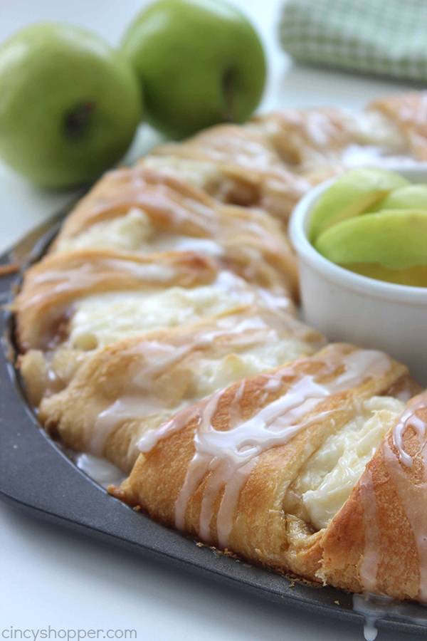 Best Apple Recipes for Fall - Breakfast - Home with Holliday