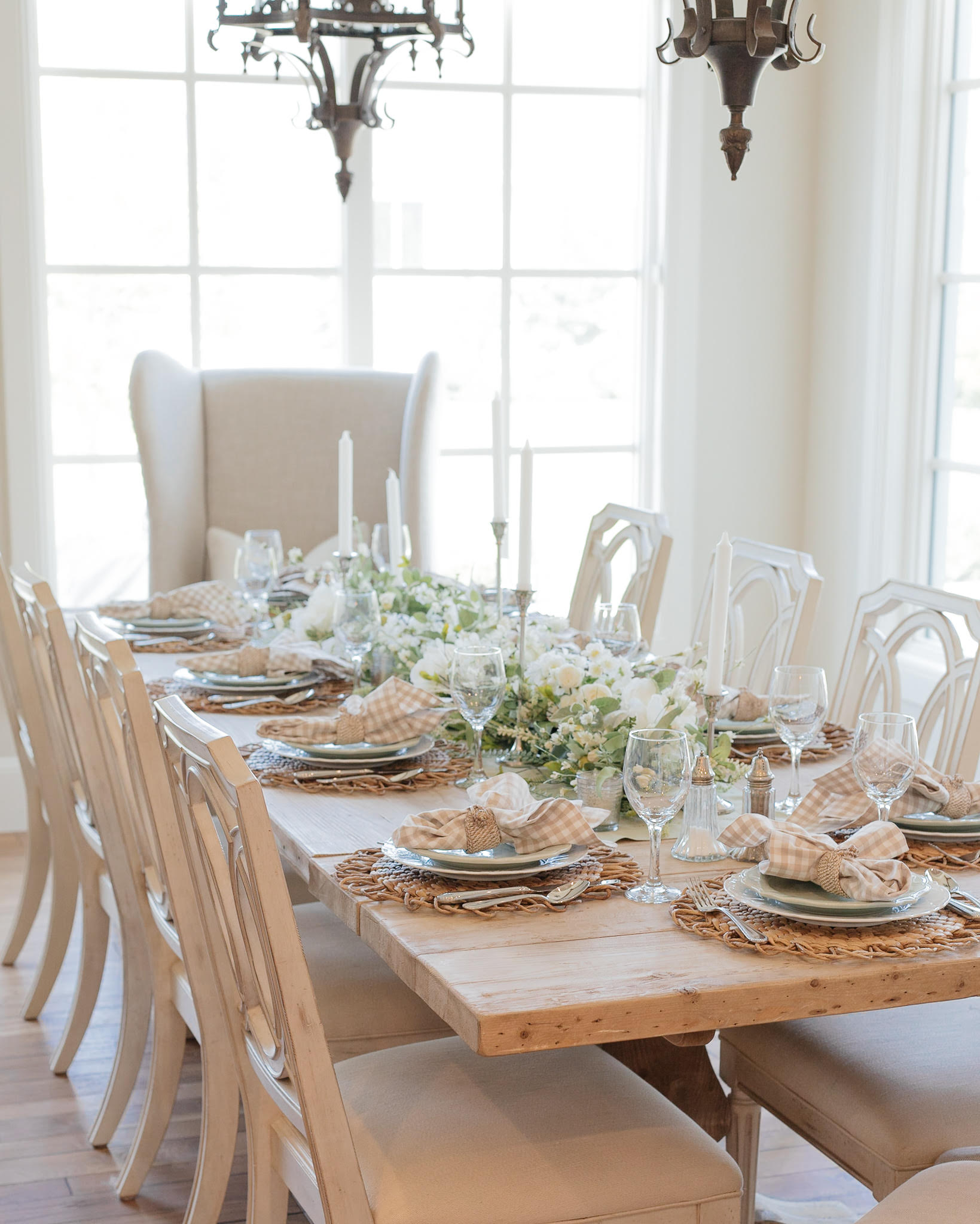 Holiday Hosting at Home - Fall Home Decor and Tablescapes