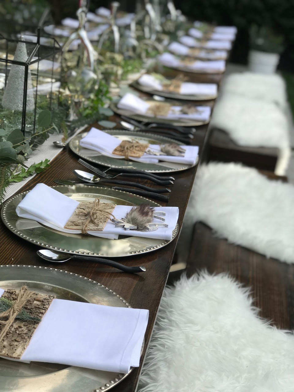 Holiday Hosting at Home #6: Christmas Tables and Decor and so much more!