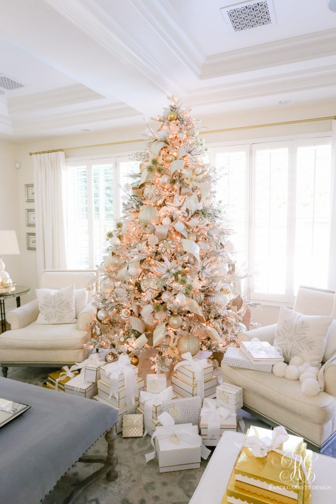 My favorite Christmas Trees of 2018! - Randi Garrett Design - Home with Holliday