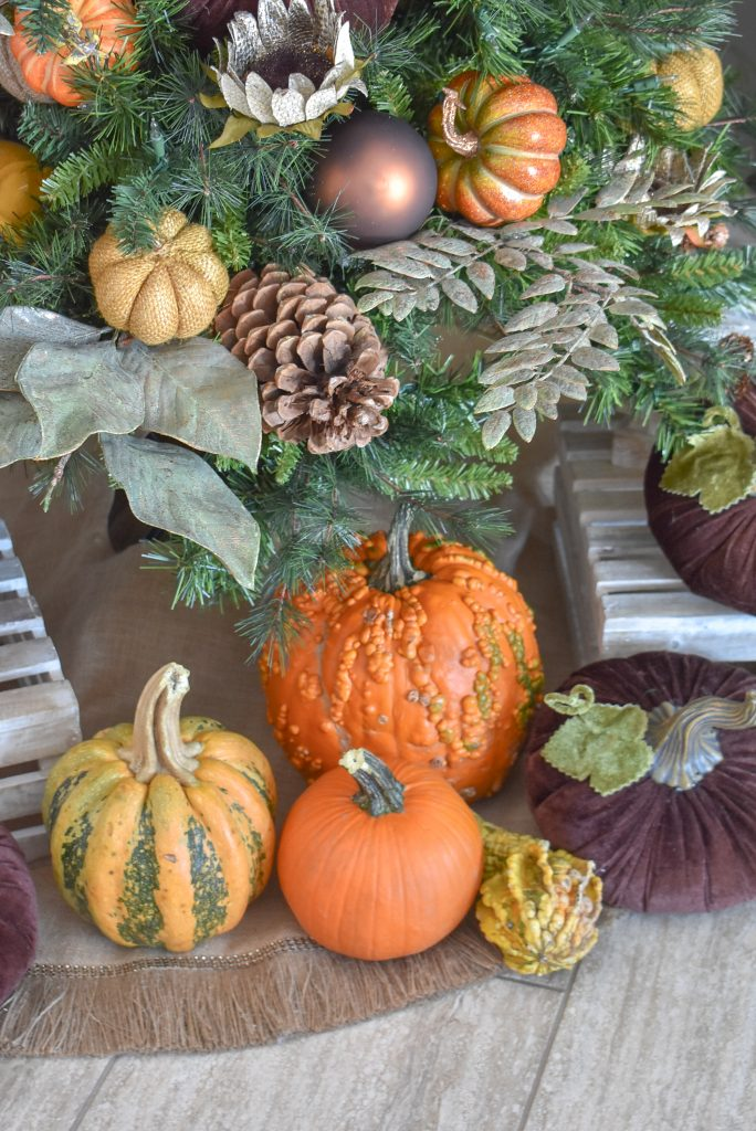 Simple Autumn Thanksgiving Tree with Pumpkins - Home with Holliday
