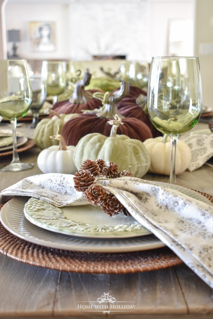 A Rustic Pumpkin Fall Tablescape - Home with Holliday