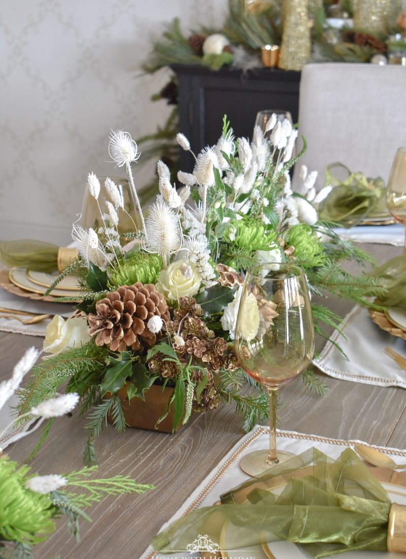 Elegant Green and Gold Christmas Tablescape