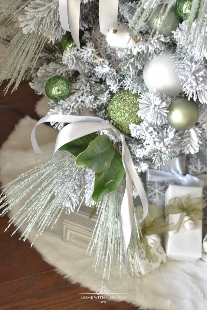 Details of a Flocked Green and White Pine Cone Themed Christmas Tree - Home with Holliday