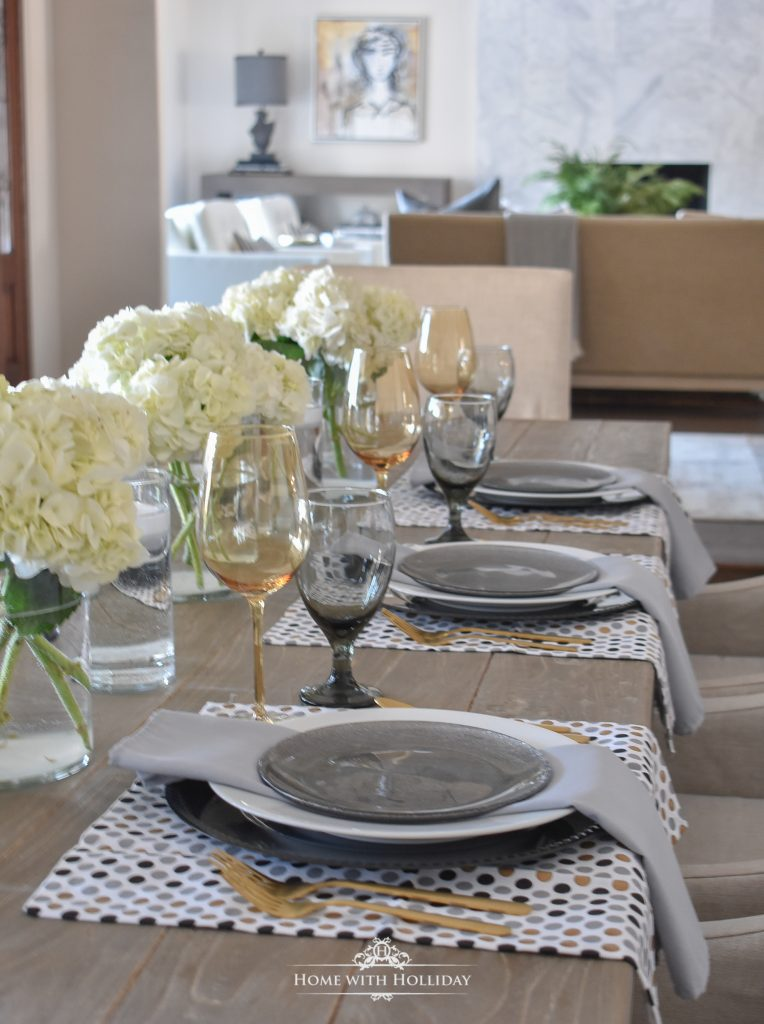 An Easy and Elegant Inexpensive Centerpiece - Home with Hollida