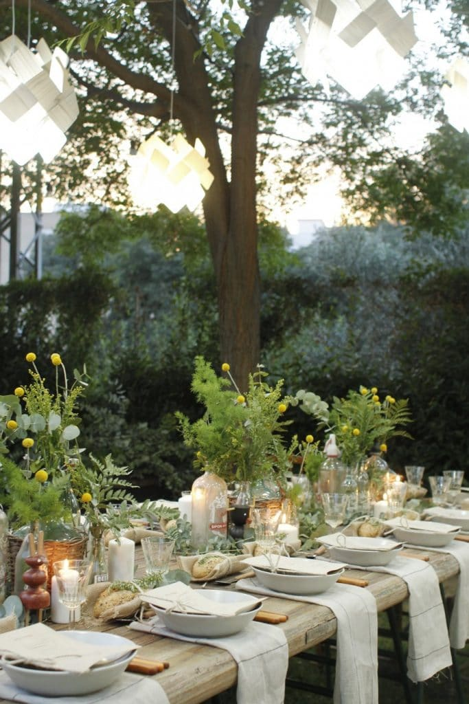 Natural Alfresco Dining Ideas - Home with Holliday