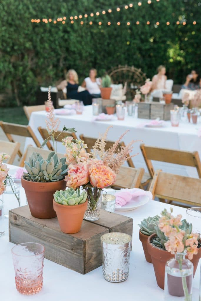Simple Alfresco Dining Ideas - Home with Holliday
