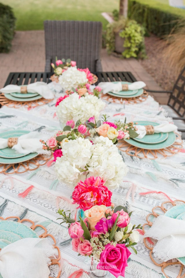 Beautiful Alfresco Dining Ideas - Home with Holliday