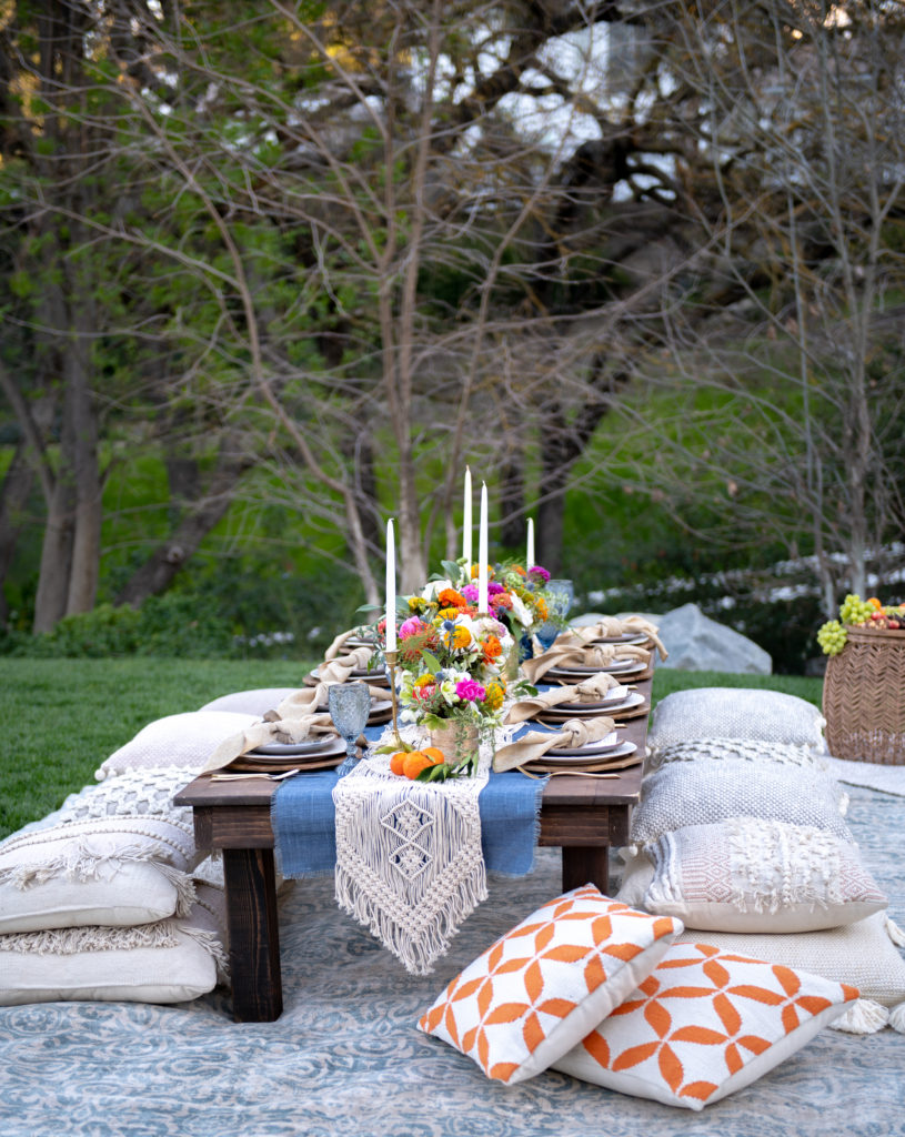 Alfresco Dining Ideas in the Yard - Home with Holliday