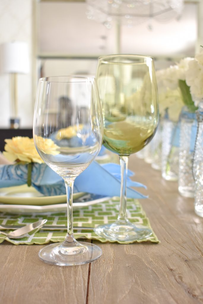 Simple glassware for a simple and bright summer tablescape