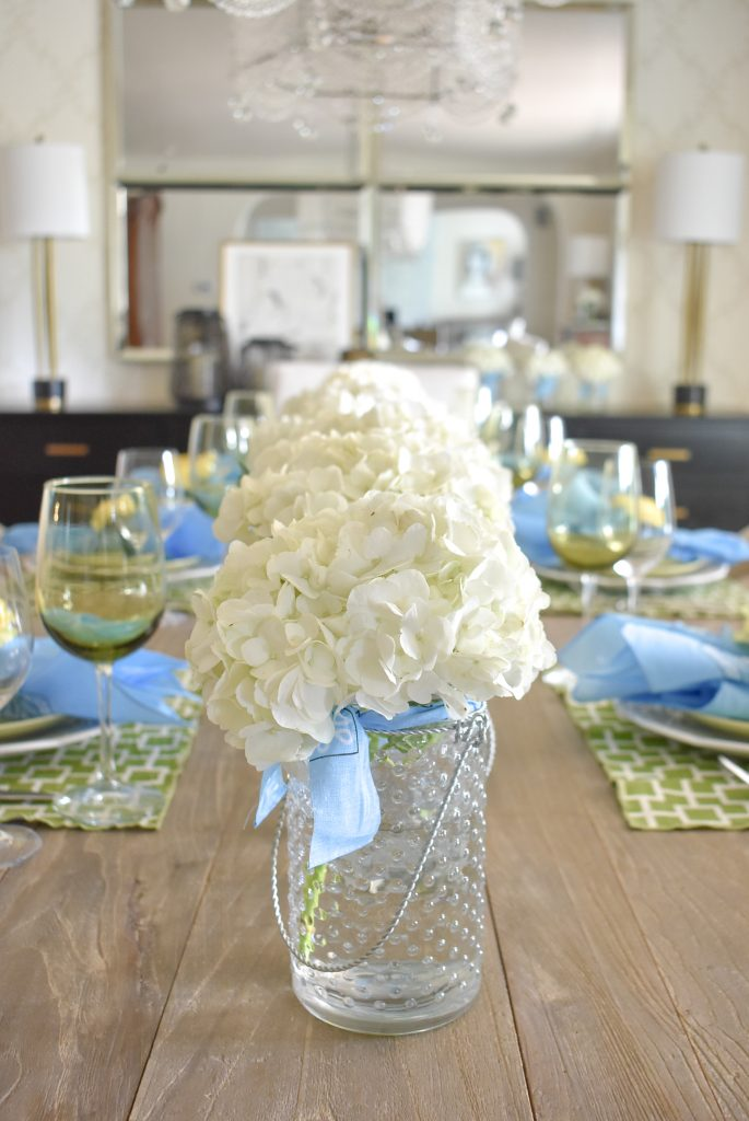 Hydrangea Centerpiece for a simple and bright summer tablescape