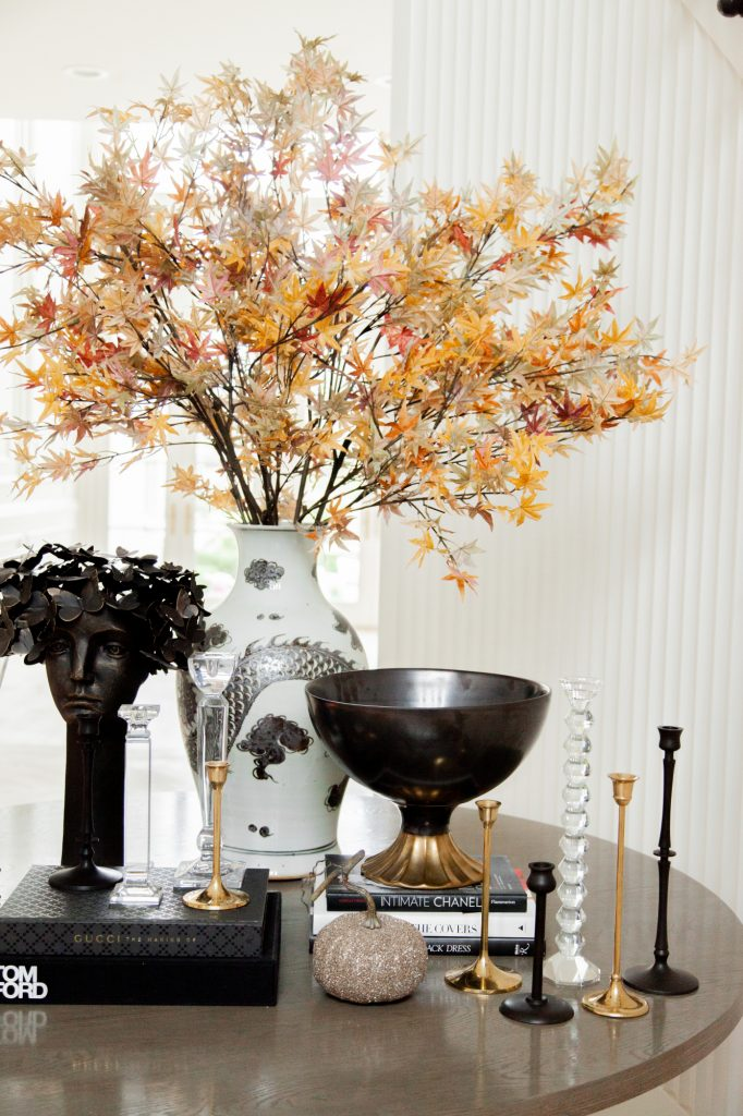 Examples of Warm and Cozy Coffee Table Styling for Fall