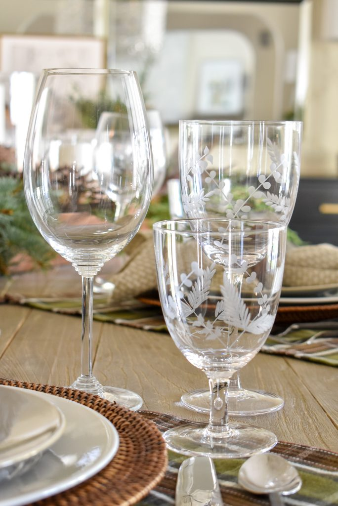 Fern Etched Glassware on a Glassware on a Casual Evergreen Thanksgiving Table Setting