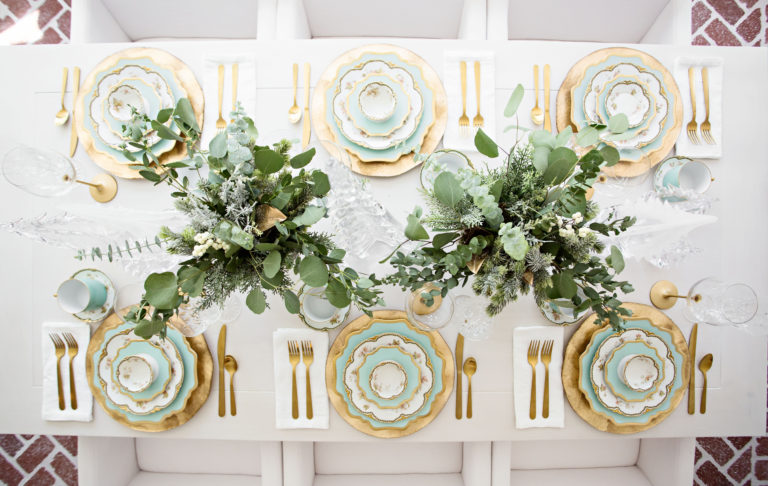 A light Green and Gold Christmas Table Setting