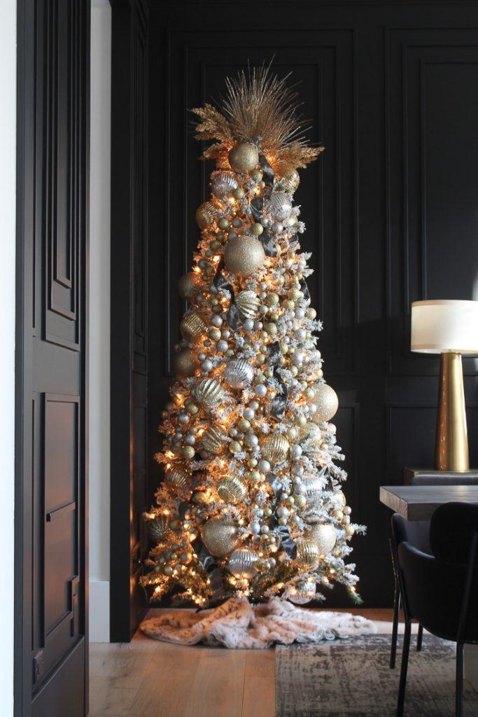 A mixed metallic Christmas Tree