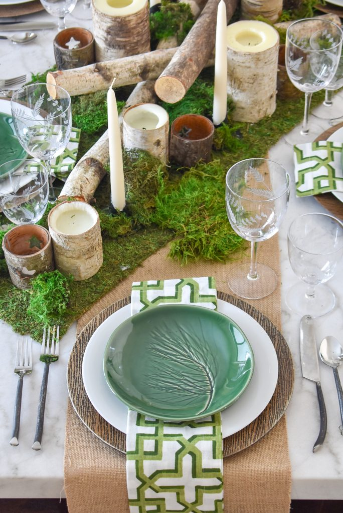 Place Settings on a Green and White Woodsy Table Setting for Spring or St. Patrick's Day