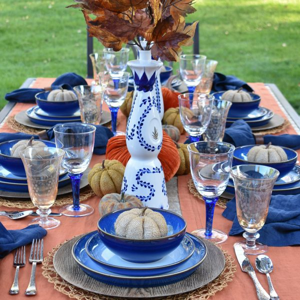 Blue and Orange Alfresco Dining Tablescape for Fall